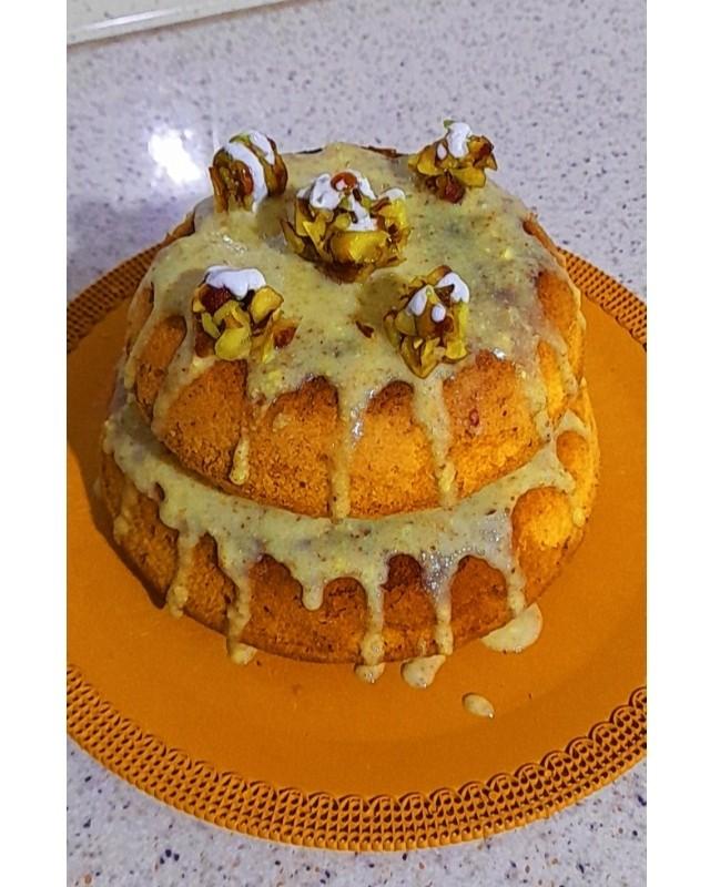 کیک پسته با گاناش پسته ای